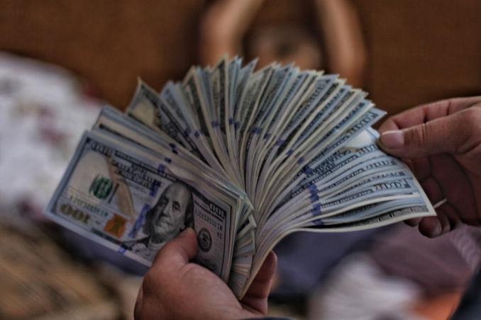 dinero con apps